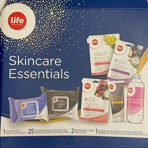 Life Brand 7pcs Life Essential Skincare Products Mask Wipes Cleanser Brand New